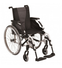 Silla de ruedas plegable Invacare Action3 NG